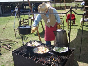 Chuck wagon cook_med